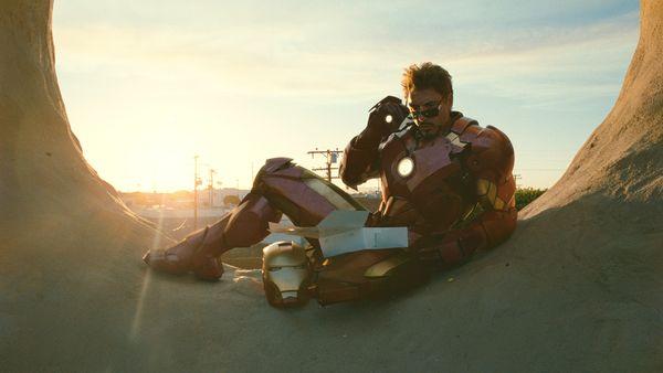 Movie Matchups: Iron Man 2 vs. RoboCop 2 (4/6)