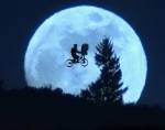 Iconic E.T. scene of bike riding in front of the moon, Deja Reviewer