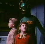 Earth children are kidnapped by the Martians to help them locate Santa Claus.
