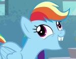 Rainbow Dash impersonates her friend Applejack.